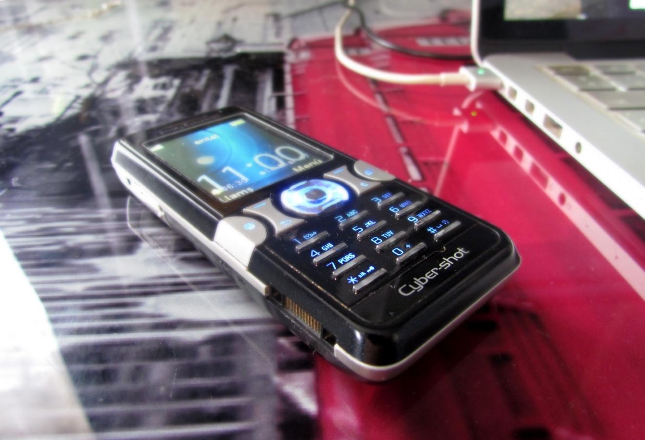 Imagen de celular Sony Ericsson k550i